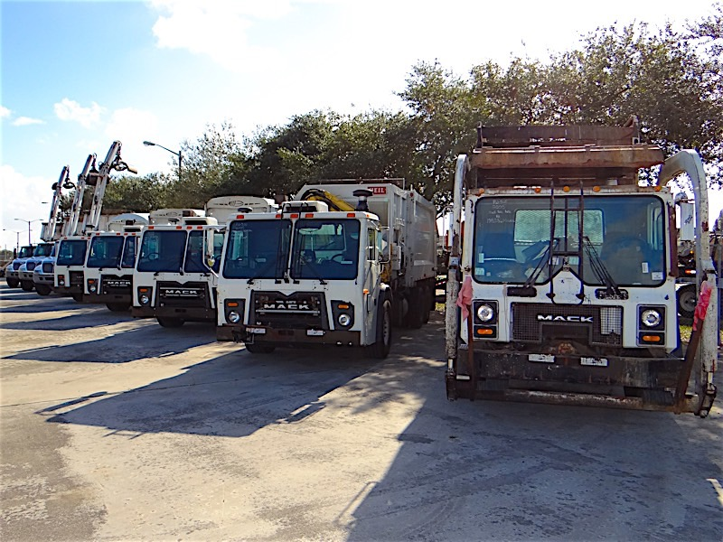 Used Trash and Recycling Trucks For Sale