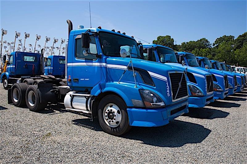 Used Semi Truck Tractors For Sale